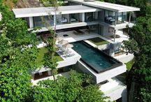 Crazy houses!!