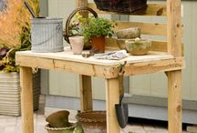 Ideas for using Pallets :) / by Betty Lord