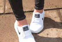 shoe _snicker