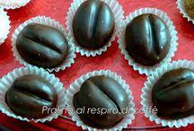 chicchi di caffè con cioccolato