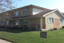 Alsip Re-roof / Completed remove old shingles and replace for new architectural shingles.