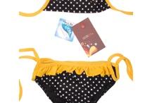 Maillot de bain enfant / Pour que toute votre petite famille soit assortie sur les plages , pourquoi ne pas lui enfiler ce petit bikini fun et rigolo qui lui fera être aussi belle que sa maman ! http://www.viva-playa.fr/maillot-de-bain-enfant