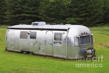 Vintage Trailers / Airstreams, tear drops and canned hams.