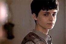 Gilbert Blythe (Lucas Jade Zumann)
