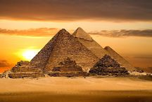 7  Classic Wonders of the World / 7 CLASSIC ANCIENT WONDERS OF THE WORLD  The classic seven wonders were: 1 Great Pyramid of Giza. 2 Hanging Gardens of Babylon. 3 Statue of Zeus at Olympia. 4 Temple of Artemis at Ephesus. 5 Mausoleum at Halicarnassus. 6 Colossus of Rhodes. 7 Lighthouse of Alexandria