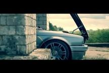 BMW E30 + o Bruneta Sexy =............