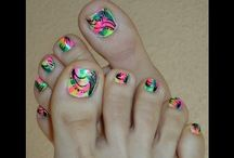 Funky ways to make your feet look great..