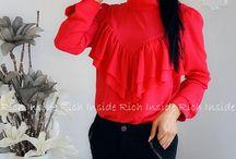 Falbanki / Eleganckie koszule mają teraz upgrade. Do prostych koszul dochodzą duże falbanki. Zazwyczaj jest to połączone z długim rękawem. Koszula traci swój typowo męski charakter i staje się kobieco-romantyczna. Ten trend idealnie pasuje na każdą okazję.
