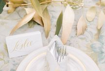 Tablesettings / Romantic, elegant and simple table settings / by Anamarias Eventos