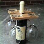 Glashalter auf Weinflasche