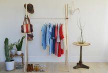 {Decorate} Clothing rack