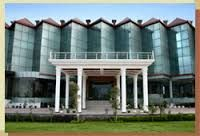 Budget Hotels In Dehradun / Book Cheap Hotels in Dehradun at lowest price. Book luxury Dehradun hotels, cheap Dehradun hotel and Dehradun budget hotels room online at www.hotelpadminipalace.co.in