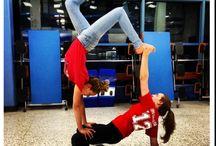 Akro Yoga Stunts