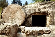 Shabbat Pesach (Passover): When Death Lost its Sting / Yeshua's death, burial, and resurrection occurred in a Hebraic context. Examining Jewish customs surrounding death illumine His death and resurrection.