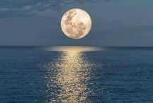 The Moon<3