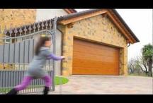 Portoni sezionali da garage - Sectional Garage Doors / Portoni sezionali da garage, preferibilmente  Breda (ma non solo!), made in Italy - Sectional overhead doors by Breda (but not only), made in Italy
