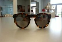REEVA / Linea italiana de anteojos recetados y anteojos para sol. Moda y diseños.