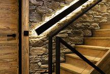 Światło na schodach