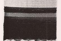 kolaż- z pasków innego lub tego samego materiału ale poprzekręcanego lub wenętrzną stoną naklejanego
