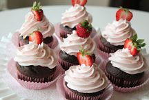 Cupcakes / by Jurate Phillips