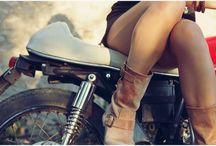 Moto Girls & Paddock Girls / Moto Girls & Paddock Girls