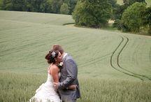 Ian Stuart Bride English Countryside Wedding