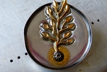 PINS, BROCHES
