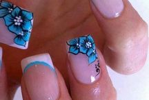 Loves - Flower Power / Some of our favourite Flower inspired nail art.