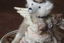 Letty Worley & Her Letty Bears / …eccentric ursine accessories, hand sewn with a reverence for old things…
