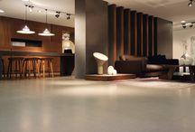 Minimal with Creamy Floor