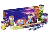 Selection Boxes / A pre-packed selection of fireworks - some even include rockets! Suitable for smaller and larger gardens too.