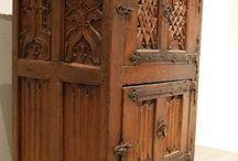 14. století - nábytek