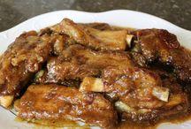 costillas de cerdo en salsa.