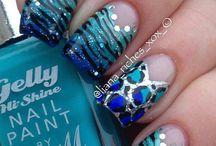 Animalier pattern nails
