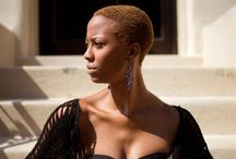 Carecas Estilosas // Bald Hair with Style