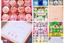 Clothing cupcakes / Made of baby clothes and baby essentials for a new bundle of joy.