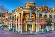 Main Street Disney Park