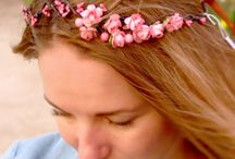 Flower crown by Flowers in the sky / Spring in coming and one of these flower crowns will be perfect for a party or an evening with friends.