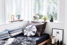 DAY BED/BANCA/BANQUETTE