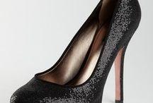 Shoes I WANT! / by Trisha Holub