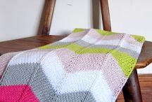 A-Knitting () mantas