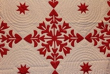 VALENTINE DAY QUILTS / Quilts, Valentine quilts / by Diane Ameres