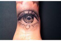 Tattoo auge
