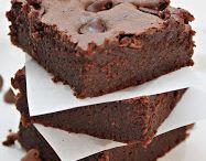 Gluten-free Desserts / Gluten-free sweets to try! / by Sandra Bradner