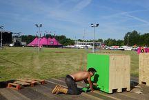 Pinkpop 2014 / Drie dagen lang mobiliseren vrijwilligers van Oxfam Novib festivalbezoekers voor de internationale campagne 'Behind the brands'. Ondertussen voorzien zij het pinkpoppubliek ook nog eens van (h)eerlijke catering!