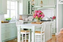 kitchens / by Cait Murphy