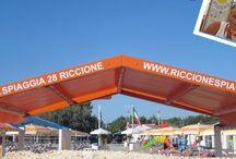 spiaggia 28 Riccione ( rn ) Italia .
