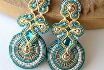 Beading soutache aretes / by Martha Rodriguez