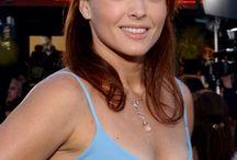 DINA MEYER / Dina Meyer born december 22, 1968 in forest hills, new york city, new york, usa