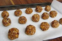 Snack Recipes / Sweet and savoury snacks and light bites.  Ideas for snack recipes  you can make at home.  Ideas for lunch boxes and after school snacks.